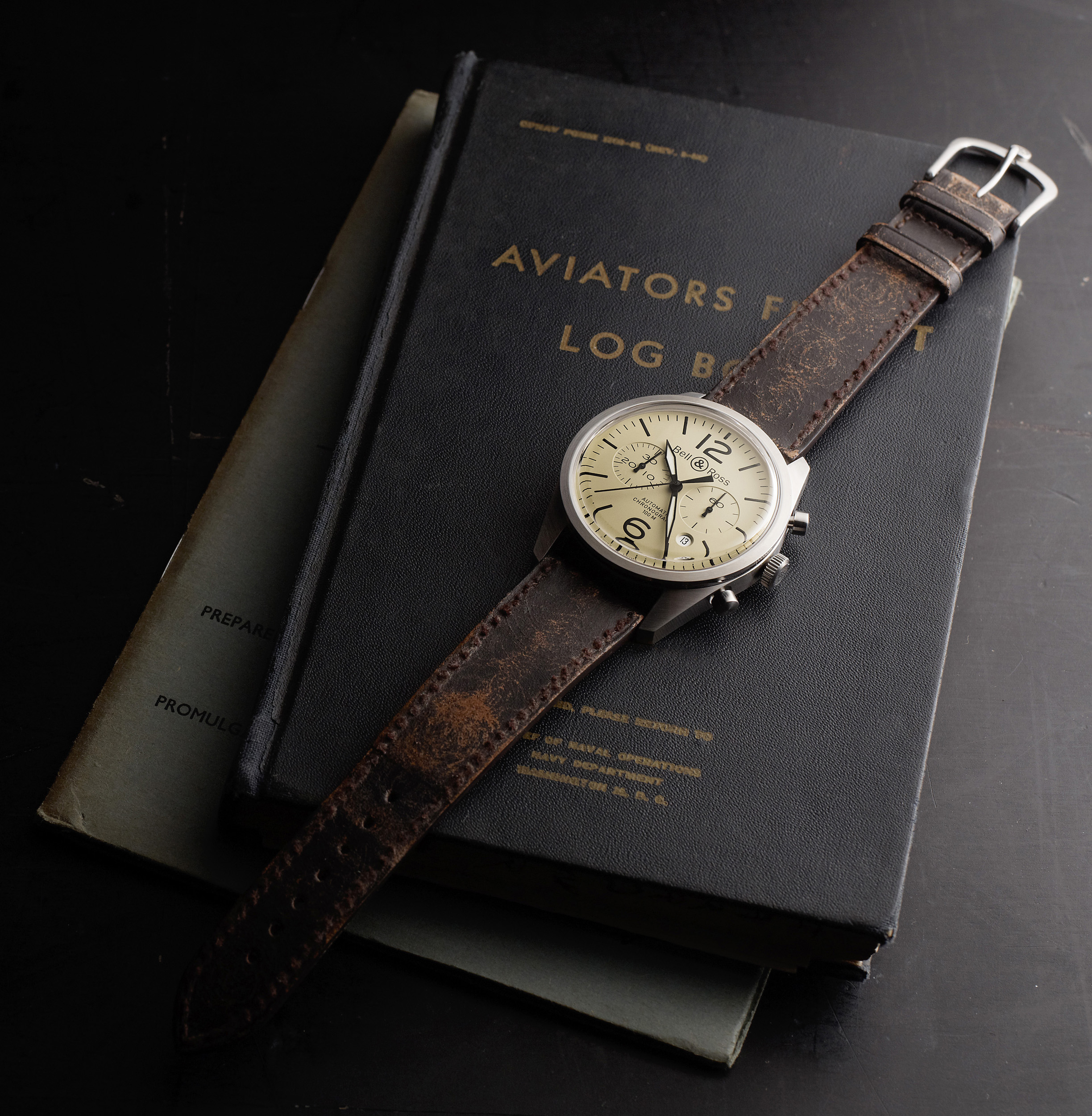 bell and ross vintage br 123 vintage br 126 l esprit des montres militaires d antan blog. Black Bedroom Furniture Sets. Home Design Ideas